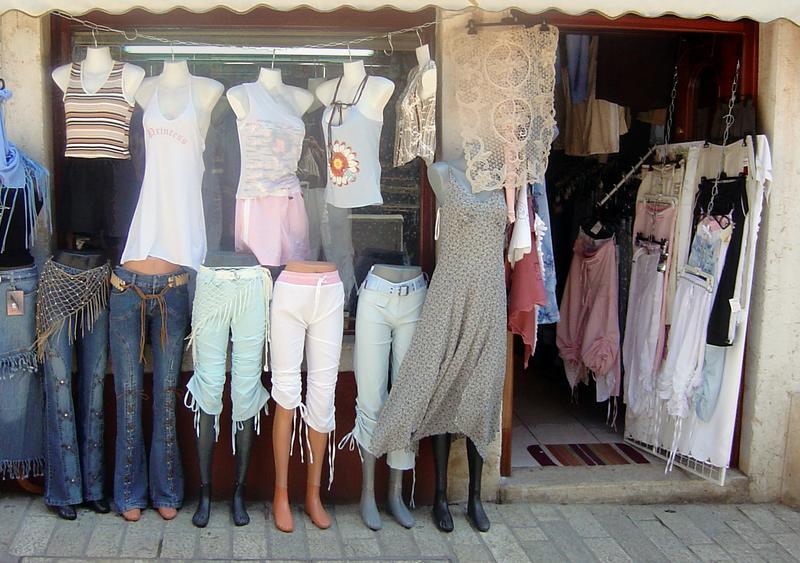 Kleider für die Leute