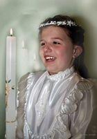 Kleiderprobe für hlg.Erstkommunion