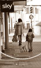 kleine Familie in Sephia