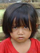 kleine Indonesierin