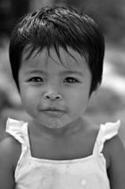 Kleine Prinzessin eines Fischers in Malaysia