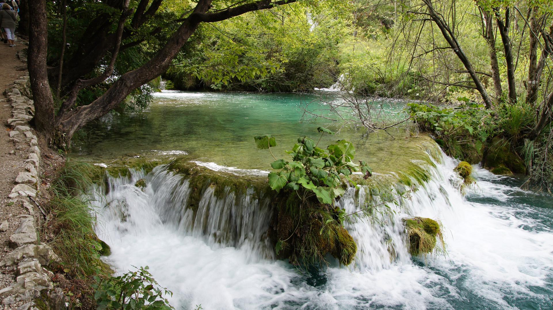 Kleine Wasserfälle der Plitvicer Seen