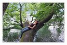 kleine Zwischenpause... in den Bäumen... über dem Wasser... ;-)