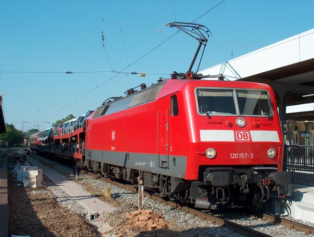 Kleiner Autozug in Lörrach