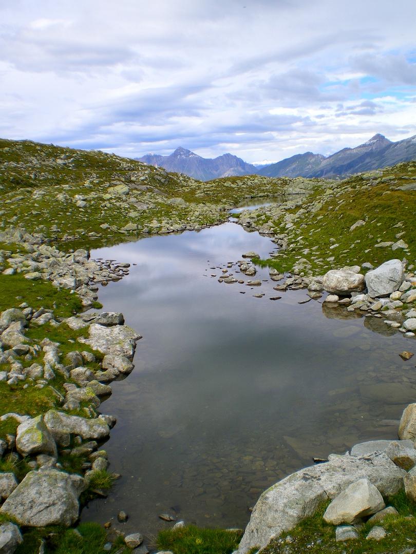 Kleiner Bergsee - in Tirol