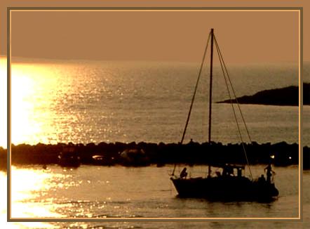 Kleiner Fischerhafen in Dalmatien