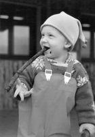 Kleiner Junge In Taizé