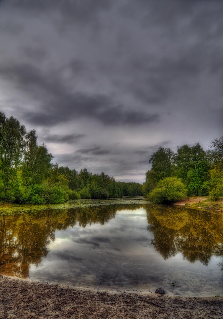 kleiner See in der Uniwildnis
