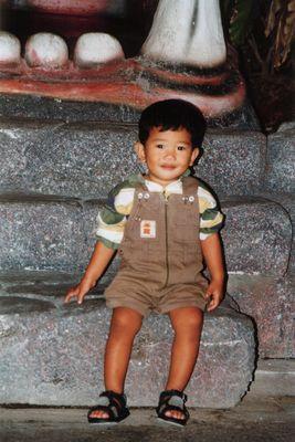 kleiner thailändischer Junge