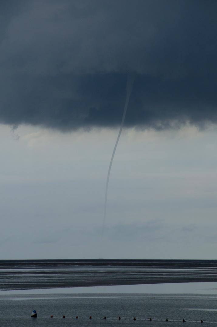 kleiner Tornado auf der Nordsee