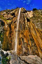 *** kleiner Wasserfall ***
