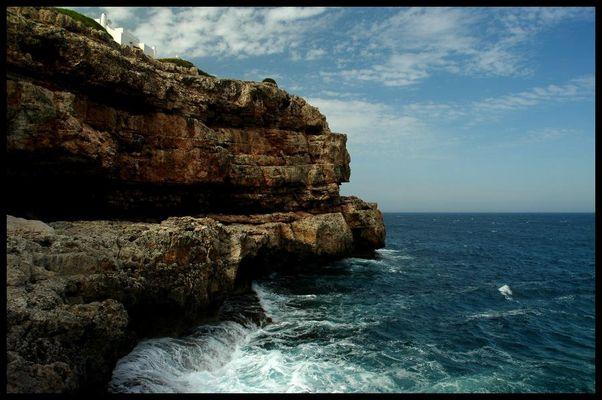 Klippen und Meer