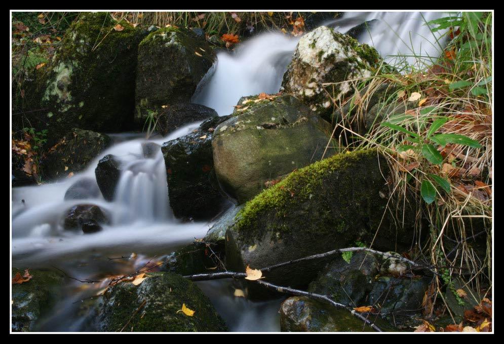 klitzekleiner Wasserfall