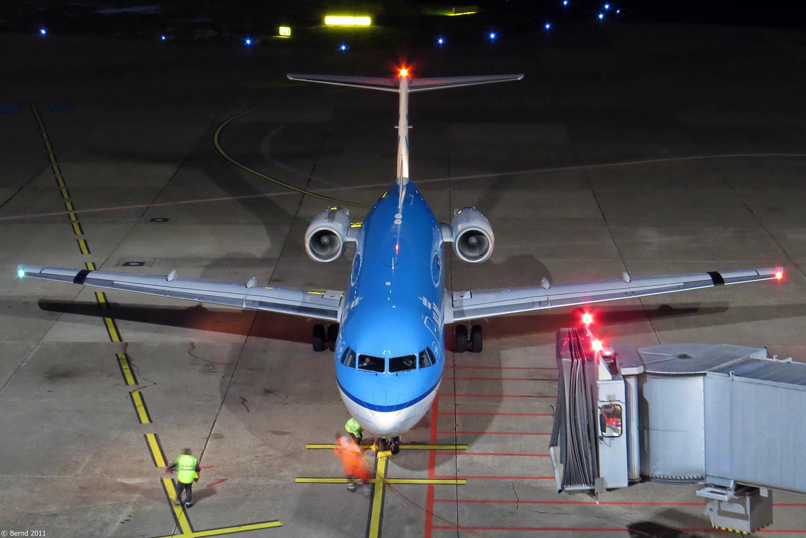 KLM - Cityhopper Fokker 70, PH-KZT