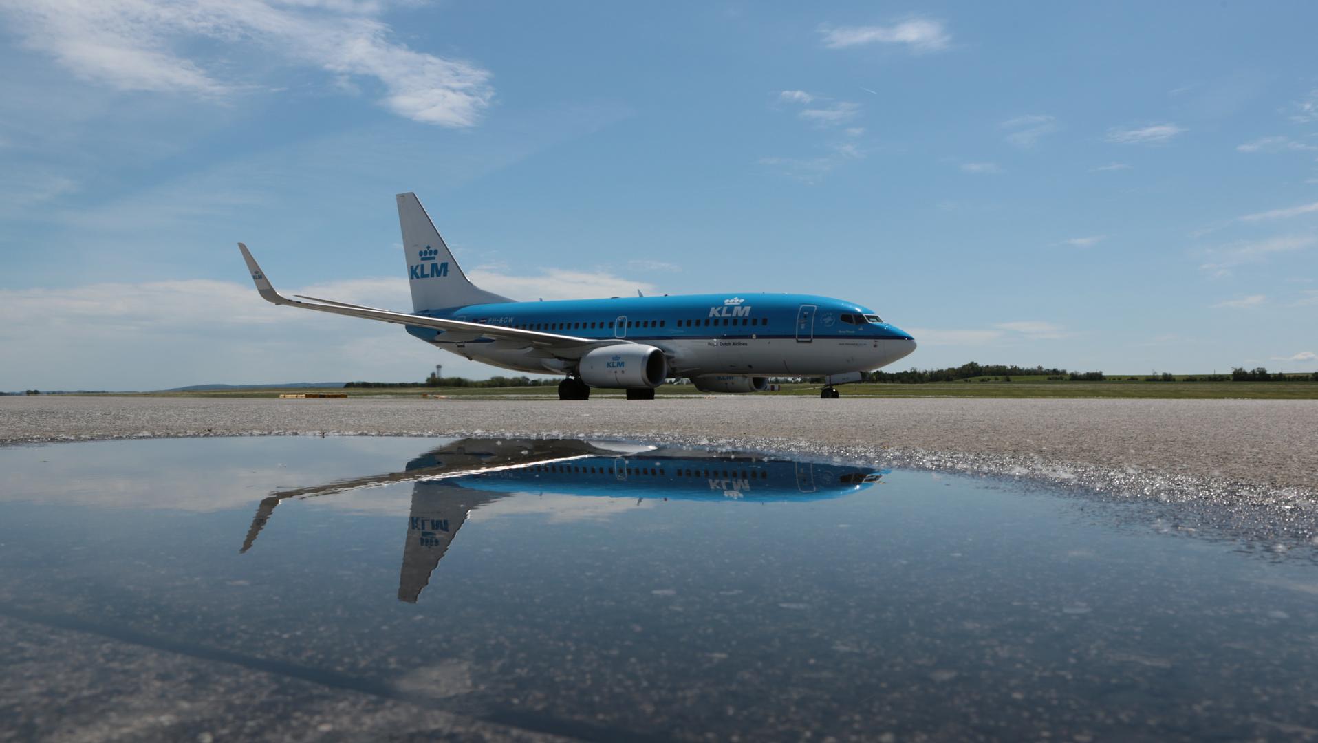 KLM im Wasser