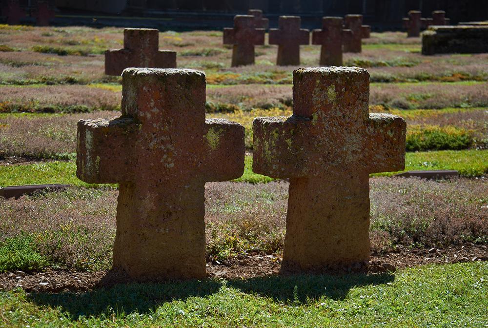 Kloster Arnsburg - Kriegsopferfriedhof