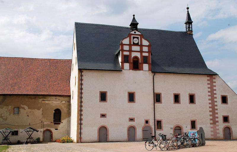 Kloster Buch III