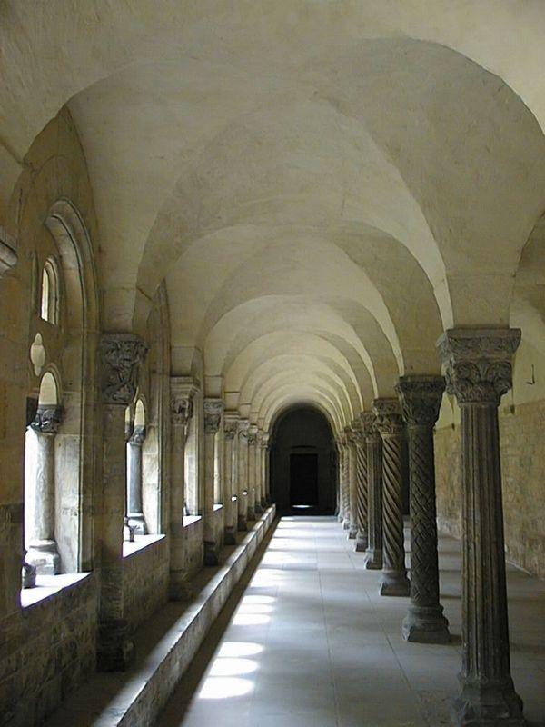 Kloster in Königsluther