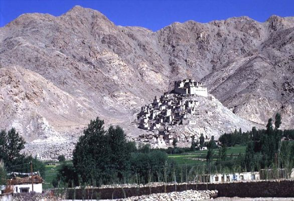 Kloster in Lahdak