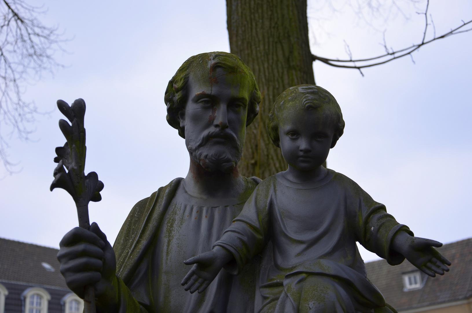 Kloster Kechtsteden Skulptur