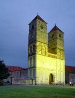 Kloster Veßra bei Nacht
