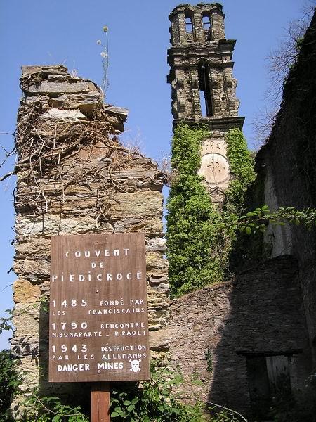 Kloster - zerstört durch die Deutschen2