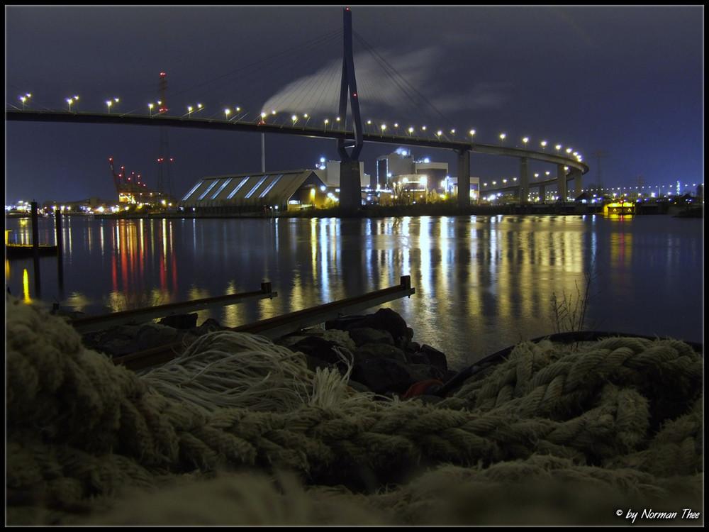 Köhlbrandbrücke bei Nacht 2.