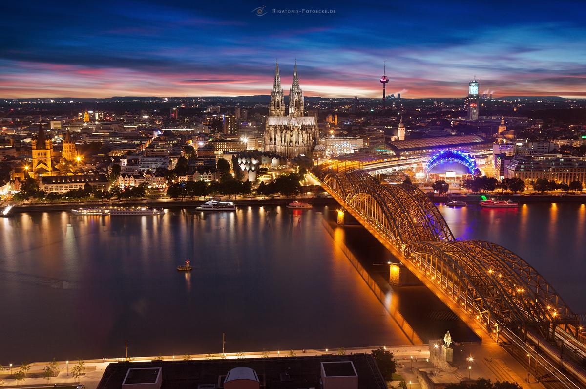 Kölle am Rhein mit Blick vom Triangle