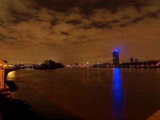 Köln am frühen Morgen