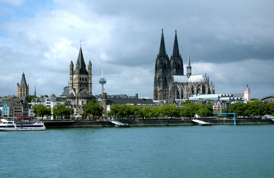 Köln bei Tageslicht