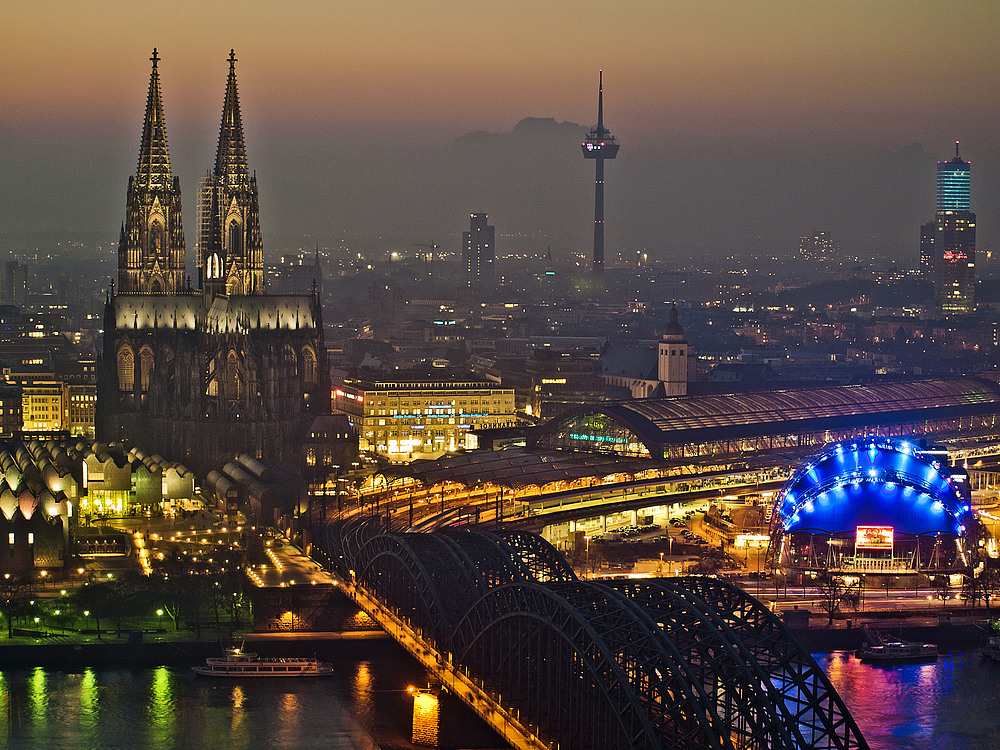 Köln im Abendlicht