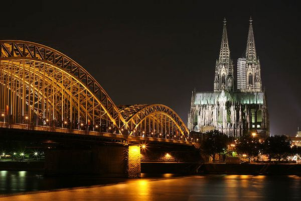 Köln @ night