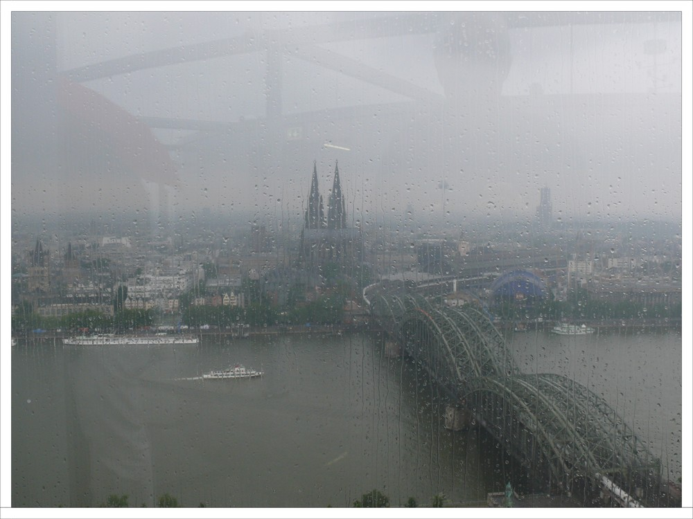 Köln verregnet