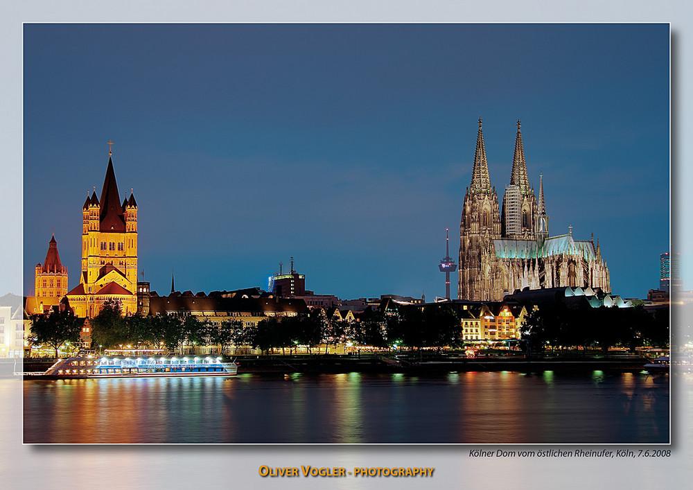 Kölner Altstadt in der blauen Stunde