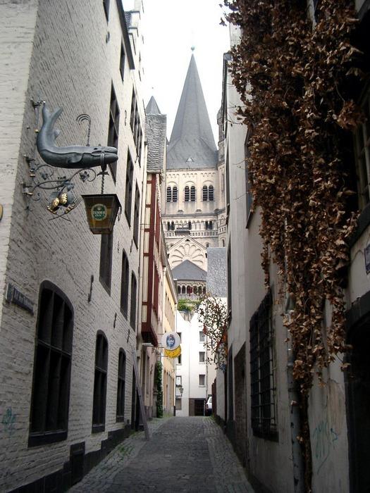 Kölner Altstadtgasse