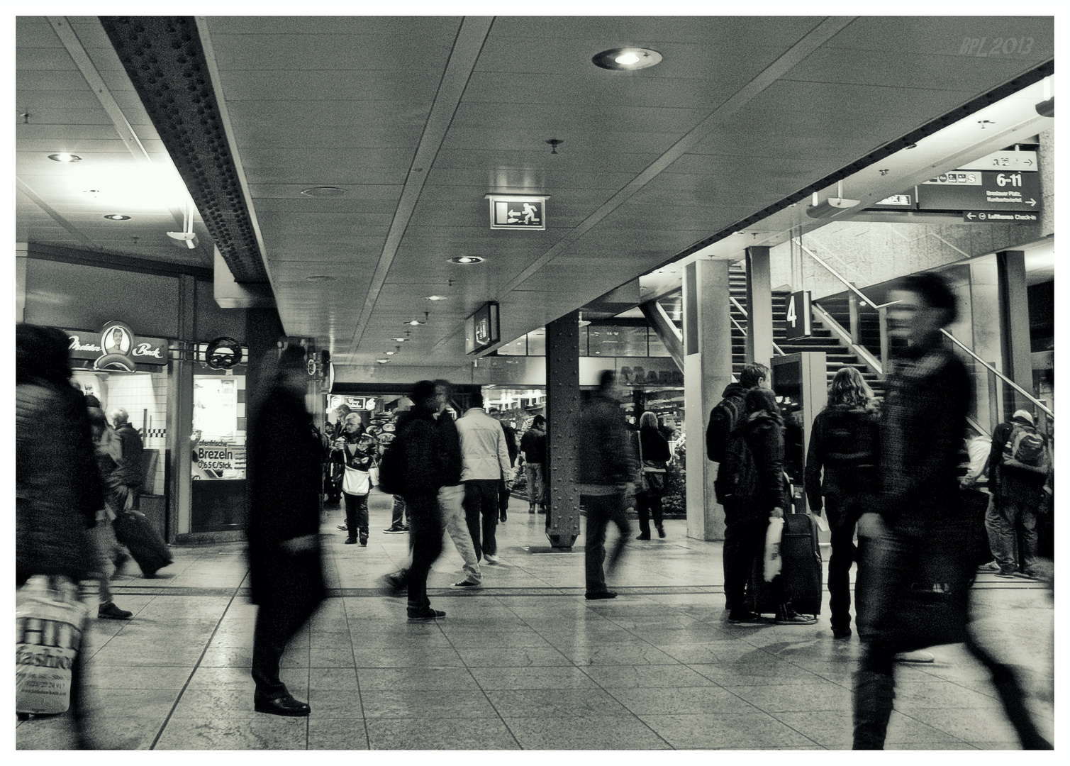 Kölner Bahnhofstreiben...