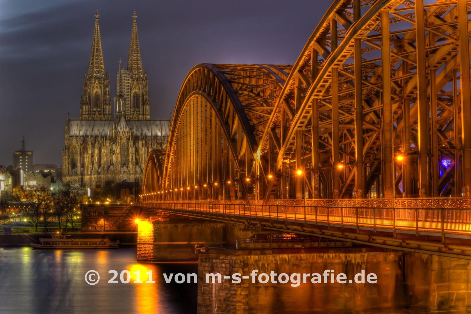 Kölner Dom & Hohenzollernbrücke, Variante04
