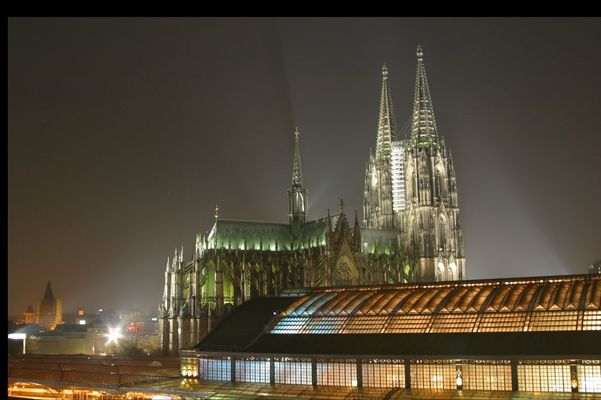 Kölner Dom @ night