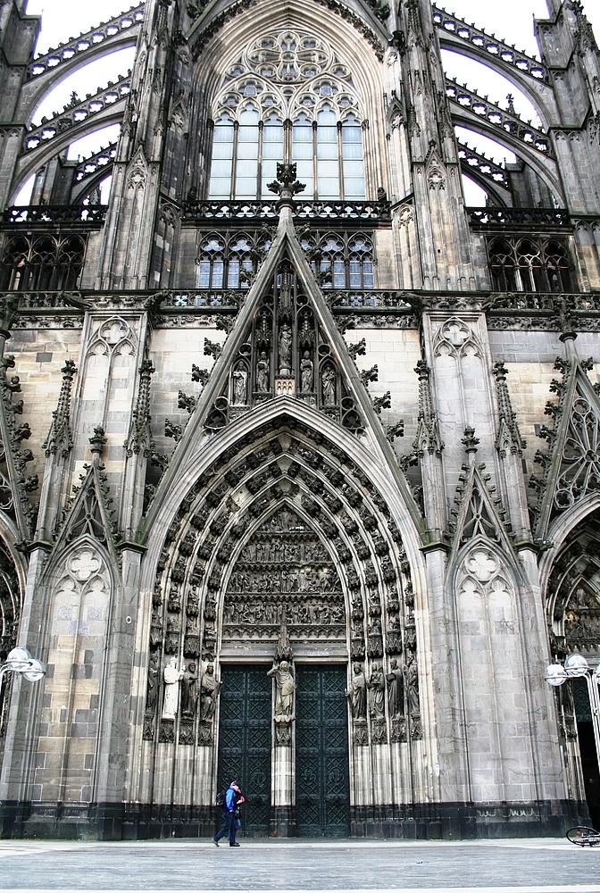 Kölner Dom Nordseite (1) (04.01.2012)
