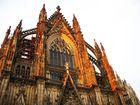 Kölner Dom Südseite mit Abendrot