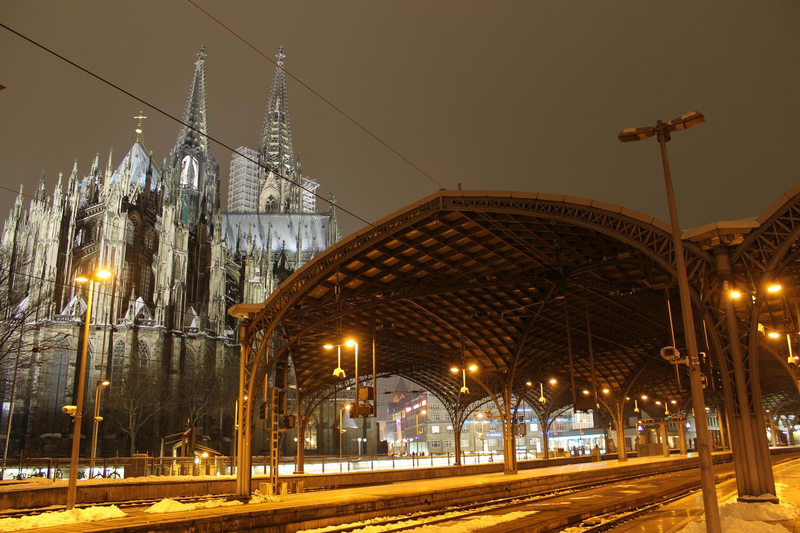 Kölner Hauptbahnhof & Dom