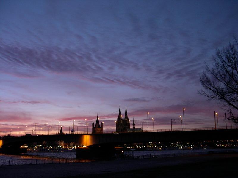 Kölner Skyline von Deutz gesehen