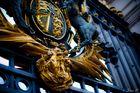 Königliches Wappen am Tor des Buckingham Palace