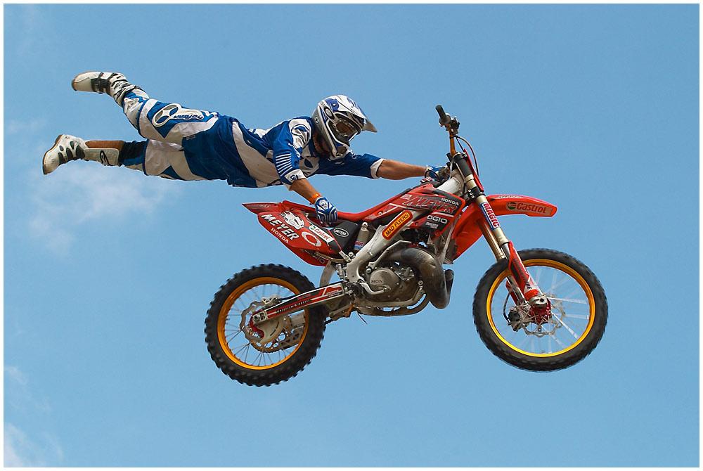 ... können Bikes fliegen ...