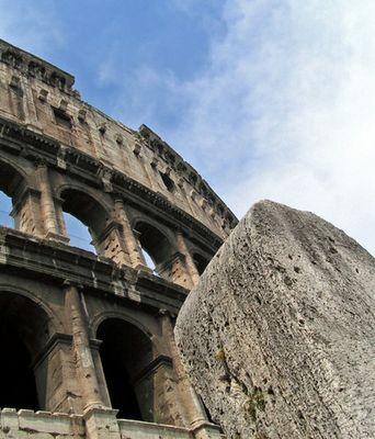 Kolosseum mit Velariumspoller