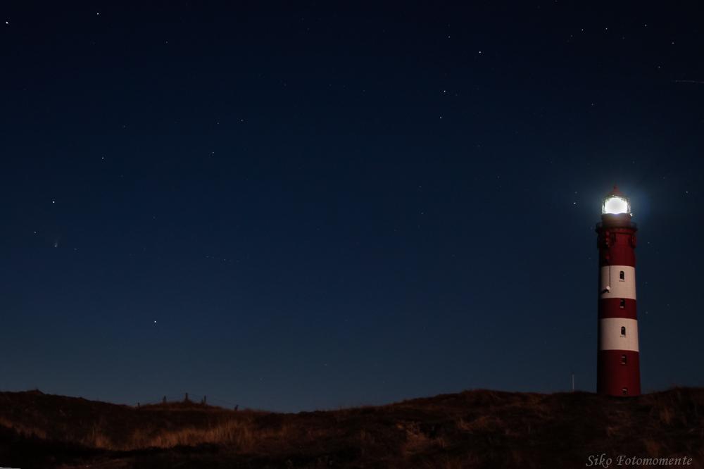 Komet Pan-STARRS im Sternenbild Andromeda