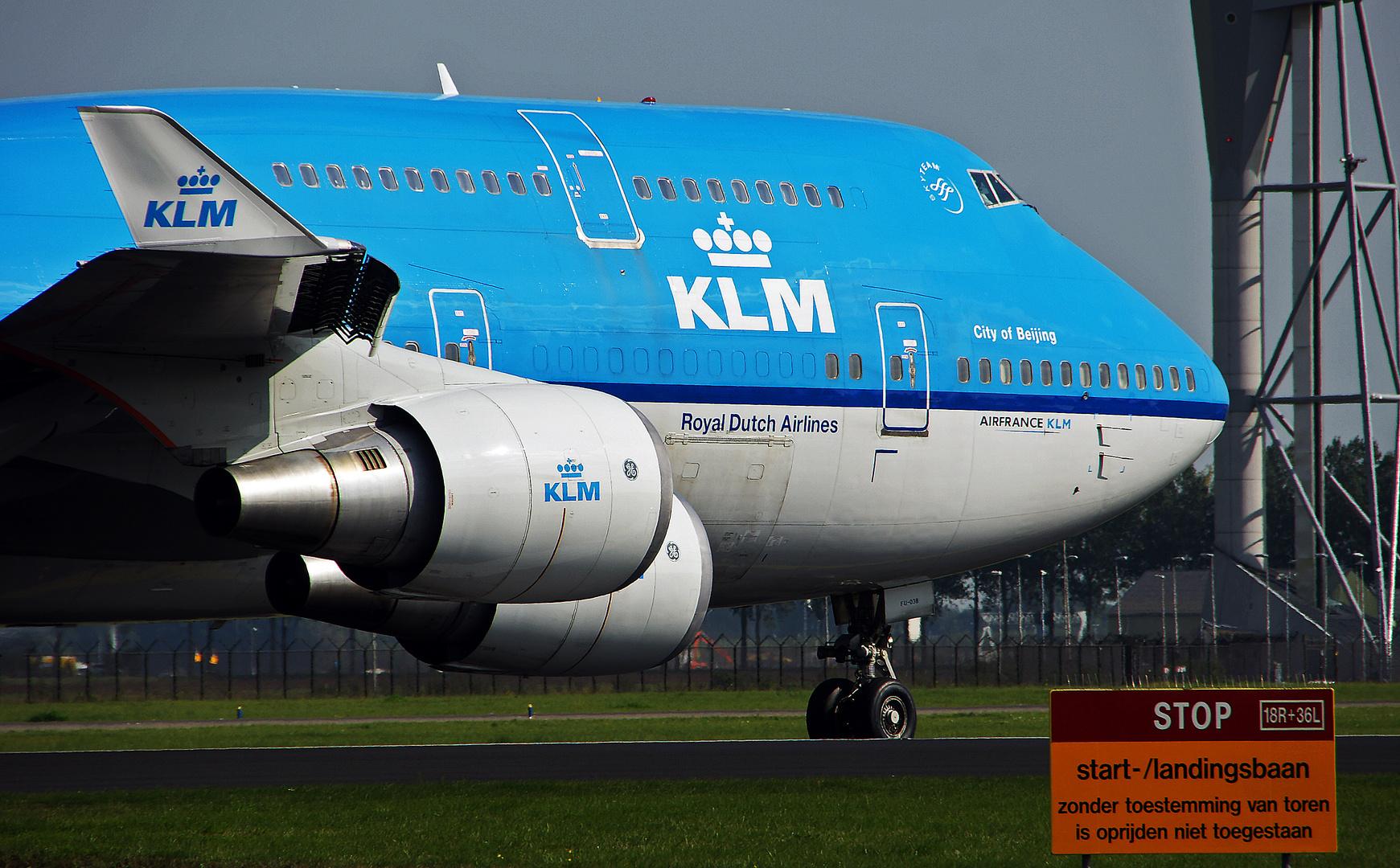 ... komm, wir fliegen nach Amsterdam !
