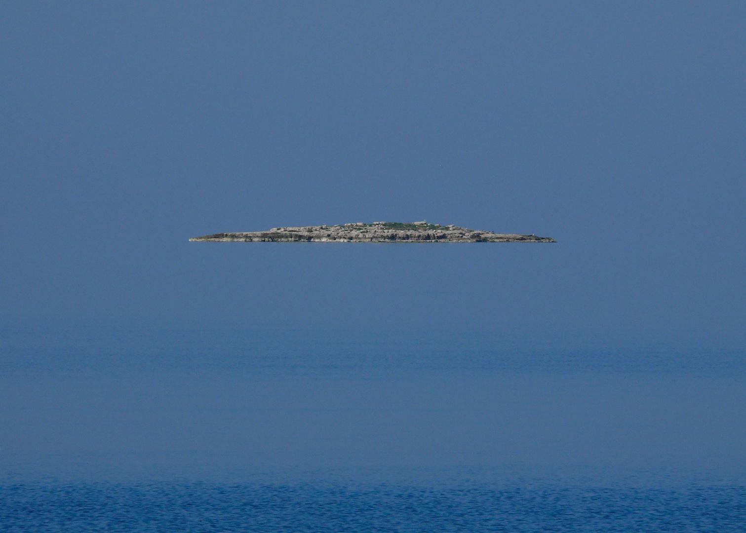 Kommt ´ne Insel geflogen