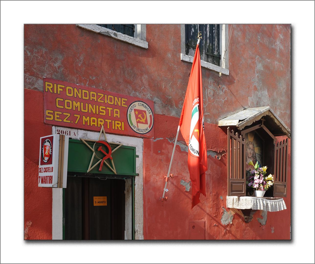 Kommunismus auf Italienisch