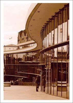 Kongresszentrum Dresden in Sepia